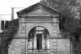 Entrada Antigua Escuela de Ciencias Químicas, en Tacuba