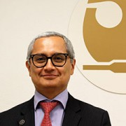 Dr. Edgar Perea López